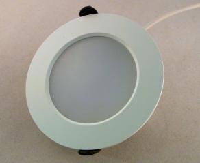 LED Einbauspot weiss 8 Watt dimmbar **Restposten**
